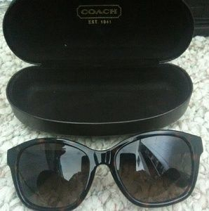 Woman's Coach Sunglasses and Case